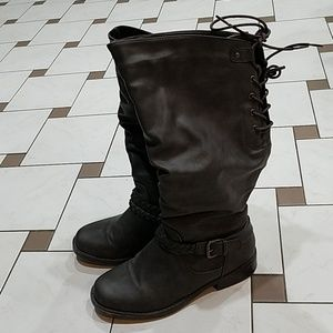 Tall boots lace up top, inner zipper